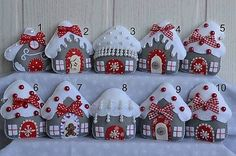 Pretty DIY Felt Christmas Projects Ideas - Onechitecture Gift ideas: Christmas is coming Christmas or the Christ event, the Event of lights, the Feast of peace, or the Christmas. Christmas Sewing, Handmade Christmas, Christmas Crafts, Vintage Christmas, Felt Christmas Decorations, Felt Christmas Ornaments, Christmas Trees, Harrods Christmas, Christmas Houses