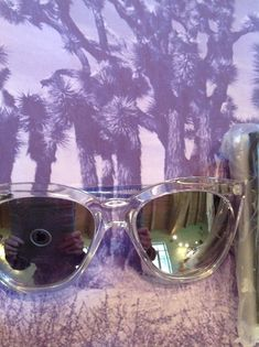 91ec40ba0b03 🆕💕QUAy Isabel clear sunnies new in case plastic sunglasses