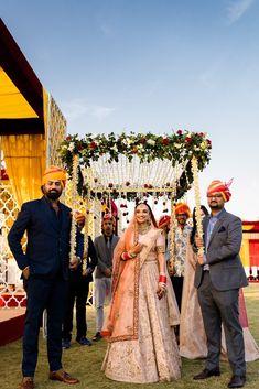 Bride Ankita Tells Us How She Planned Her Two Day Ahmedabad Wedding - Desi Wedding Decor, Indian Wedding Bride, Wedding Stage Decorations, Wedding Mandap, Wedding Stage Design, Indian Bridal, Wedding Ideas, Wedding Stuff, Wedding Gifts