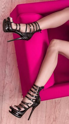 Just legs & Heels, Pangels Best Mix Sexy Legs And Heels, Platform High Heels, Black High Heels, High Heels Stilettos, High Heel Boots, Strappy Heels, Stiletto Heels, Talons Sexy, Frauen In High Heels