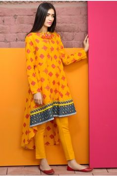 cc105fea5c2 New Summer Lawn Dresses For Pakistani Girls In 2019 in 2019 ...