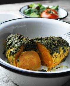 süßkartoffel mit veganem bärlauch-pesto   sweet potato with vegan wild garlic pesto   vegan
