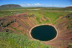 10 lagos em crateras surpreendentes pelo mundo