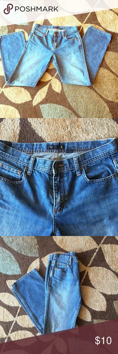 J Crew Jeans J Crew women jeans. Faded look style, Regular cut. Size: 6 . Material: 100% Cotton. Made: Macau  *Leather tag on the back has been stained from basic wear and wash. Jeans Straight Leg