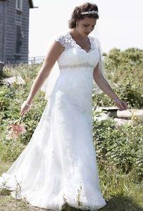 davids bridal capped sleeves   ... about 9T3299 David's Bridal Wedding Dress Sz 18W Lace Cap Sleeve