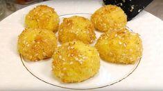 Fantastický recept zo zemiakov: Luxusná príloha, alebo originálne predjedlo na akúkoľvek príležitosť! Cornbread, Ethnic Recipes, Food, Millet Bread, Essen, Meals, Yemek, Corn Bread, Eten