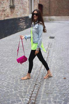 Pink Peonies: Steve Madden Pink purse and leggings from Nordstroms.  #purse #leggings #Nordstrom