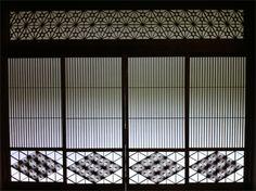 <DESIGN>伊豆修善寺の「落合楼村上」には在りし日の日本のデザインがそこかしこに顕在されて、見ていて飽きません。直線と直角、光と影って日本のデザインのひとつの到達点だと思ってます。【LEON編集長 前田陽一郎】  http://lexus.jp/cp/10editors/contents/leon/index.html    ※掲載写真の権利及び管理責任は各編集部にあります。LEXUS pinterestに投稿されたコメントは、LEXUSの基準により取り下げる場合があります。