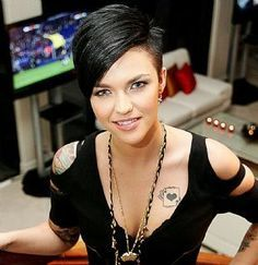 Ruby Rose. GOSH. Seriously love her hair!