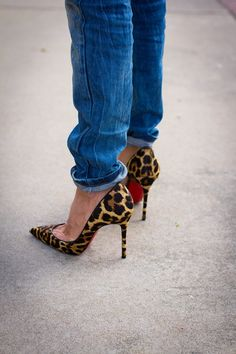 http://fashionpumps.digimkts.com I must have ... beautiful . Leopard Louboutin pumps with slouchy jeans
