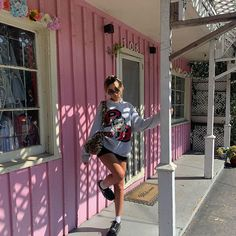 Preppy Outfits, Cool Outfits, Fashion Outfits, Grunge, Indie, Poses, Aesthetic Clothes, Aesthetic Outfit, Fitness Fashion