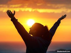 5 Questions You Should Ask Yourself at the End of Each Day by Angela Guzman l Insipring Questions l Self Help Advice l Tips on Being a Good Person l Questions to Ask Yourself l Everyday Questions l How to be a Good Human Being - Beliefnet.com