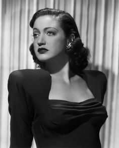 """The photo """"Dorothy Lamour"""" has been viewed 427 times. Old Hollywood Actresses, Old Hollywood Stars, Classic Actresses, Old Hollywood Glamour, Hollywood Actor, Golden Age Of Hollywood, Vintage Glamour, Vintage Hollywood, Classic Hollywood"""