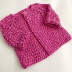 Handmade Baby cardigan for little baby bears . Price : 2999 R.s To place your or. Baby Cardigan Knitting Pattern, Knitted Baby Cardigan, Baby Knitting Patterns, Baby Patterns, Knitting For Kids, Hand Knitting, Modern Baby Clothes, Knit Baby Dress, Baby Girl Sweaters