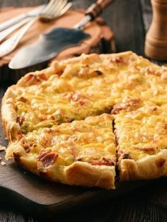 Tarte poulet / curry - Pin to Pin Batch Cooking, Cooking Time, Cooking Recipes, Cooking Food, Pizza Recipes, Quiches, Good Food, Yummy Food, Salty Foods