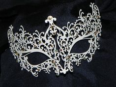 Ivory Metallic Scroll Filigree Masquerade Mask with Gold and