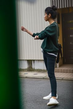 4b35e154a9b472 Casual Green Sweater Outfit, Shopbop Sale, Uniqlo Hunter Green Sweater,  FOREVERVANNY style,