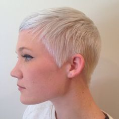 What do you think of her cut? Super Short Hair, Girl Short Hair, Short Hair Cuts, Pixie Cuts, Short Pixie, Short Styles, Long Hair Styles, Her Cut, White Blonde