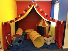 Circus role play area Circus Activities, Circus Crafts, Eyfs Activities, Playdough Activities, Preschool Themes, Preschool Circus Theme, Dramatic Play Themes, Dramatic Play Area, Circus Theme Classroom