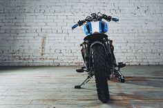'11 Royal Enfield 500 – MotoVida Cycle Inc.  |  Pipeburn.com