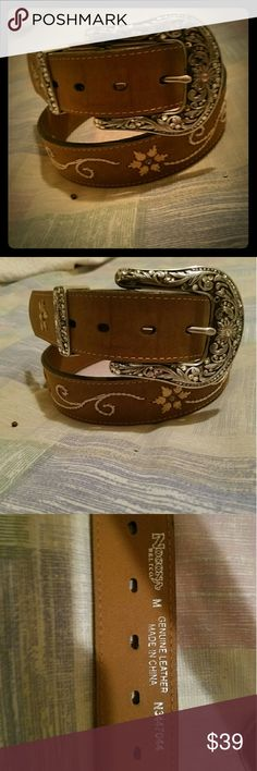 ada9044ceaaf2 Shop authentic Gucci Online My Luxury Bargain GUCCI BROWN LEATHER BELT .