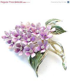 JULY4SALE Purple Lavender Enamel Flower Brooch Lilac Cluster Vintage Floral Costume Jewelry