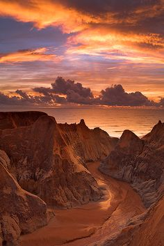 Morro Branco, Brazil #PathsMade #BeforeYouWere #uniquecolors #InvertedCaveoftheClouds #Canyon #SkyisOcean
