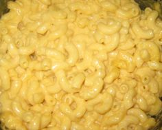 Creamy Crock Pot Macaroni and Cheese.. Made this for Dakota's Thanksgiving dinner at school. It tastes awesome!
