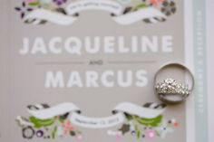 Idée et inspiration Alliances du Mariage :   Image   Description   On a romantic picnic in Los Angeles, Marcus proposed to Jacqueline with a solitaire diamond engagement ring featuring a sparkling diamond band. #weddingrings Photography: Jasmine Star Photography. Read More:...