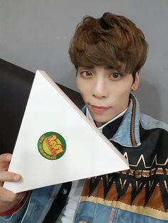 Jonghyun♡SHINee Vryl MBC Music Core☆161015☆