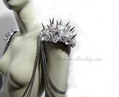speaking of epaulettes, this Etsy seller makes absolutely stunning ones! binkaminka, $375.