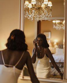 Classy Aesthetic, Black Girl Aesthetic, Golden Girls, Glamour Vintage, Bougie Black Girl, Photographie Portrait Inspiration, Black Luxury, Brown Skin Girls, Foto Pose