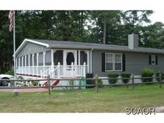 mobile with screened porch