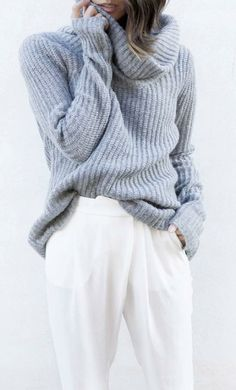 Cozy grey sweater + loose white pants. This outfit is perfect for work.