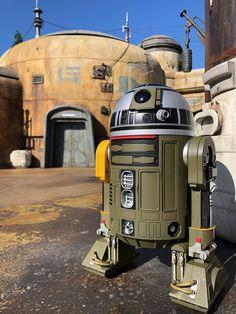 Star Wars Film, Star Wars Poster, Star Wars Art, Disney World Attractions, Galactic Republic, Star Wars Models, Star Wars Pictures, Star Wars Concept Art, Sci Fi Models