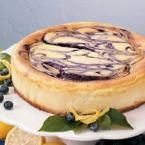 Blueberry Swirl Cheesecake I love this recipe. Comes out perfect every time, not to mention it looks pretty, tastes great and has a nice creamy texture. I brought it to work with me and people that said they didn't like Cheesecake loved it to. No Bake Desserts, Just Desserts, Delicious Desserts, Dessert Recipes, Yummy Food, Strudel, Food Cakes, Cupcake Cakes, Coconut Dessert