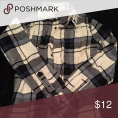 Flannel Black and white flannel size small men's size American Eagle Outfitters Tops