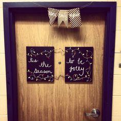 Dorm room Christmas decor & Dorm door decoration for winter | College Life | Pinterest | Dorm ...