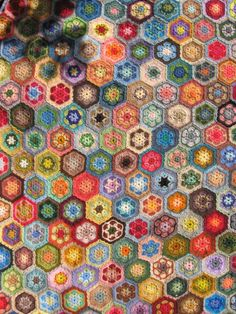 Irresistible crocheted hexagons for the grannies paperweight blanket