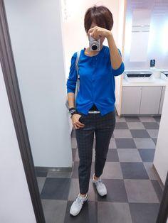 ブルーとグレーとシルバーでカジュアルスタイル。  Cardigan/UNIQLO Bottoms/GAP Bag/JOURNAL STANDARD Shoes/NB  Today is the coordination of silver gray and blue.