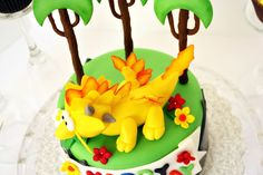 Dragonvale cake: sun dragon