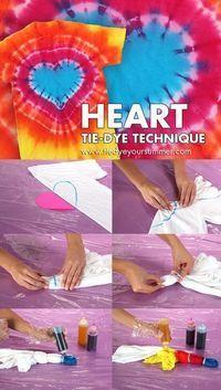 Make this cool technique using Tulip One-Step - Zumba Shirts - Ideas of Zumba Shirt - Heart Tie Dye Technique Pattern. Make this cool technique using Tulip One-Step Tie-Dye! Fête Tie Dye, How To Tie Dye, Tie Dye Tips, Shibori, Heart Tye Dye, Diy Tie Dye Heart, Fete Marie, Mode Batik, Tie Dye Folding Techniques