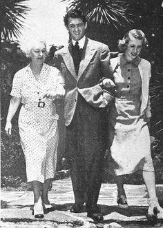 Jimmy Stewart with mother and sister Mary, late 1930s