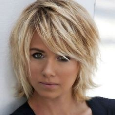 Short Layered Hairstyles From year to year, a short hairstyle is traditionally topped by the lists of the most popular female In the 2019 se…, Hairstyle Ideas Source Short Choppy Hair, Short Layered Haircuts, Layered Bob Hairstyles, Short Hair With Layers, Short Hair Cuts, Pixie Cuts, Short Pixie, Layered Short Hair, Short Bobs