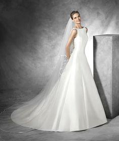Tona, simple wedding dress in mikado silk