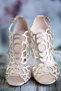 Klub Nico Millie is the perfect wedding shoe. The shimmery gold leather is soft champagne is just the right touch for your wedding shoe. Available on a heel or a heel depending on what you're more comfortable wearing and how tall your fiance is. Bridal Shoes, Wedding Shoes, Bridal Footwear, Wedding Dresses, Wedding Hair, Cute Shoes, Me Too Shoes, Flats, Shoes Heels