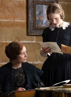 "Mia Wasikowska as Jane Eyre shows drawing to Tamzin Merchant as Mary Rivers in Jane Eyre ""Australian-born Mia Wasikowska gives a self-possessed performance in the leading role: her Jane. Charlotte Bronte Jane Eyre, Emily Bronte, Mia Wasikowska, Victor Hugo, Michael Fassbender, Tamzin Merchant, Jane Eyre 2011, Bronte Sisters, Classic Literature"
