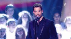"""C'est votre vie - Céline Dion : Emmanuel Moire et la chorale d'enfants """"..."""