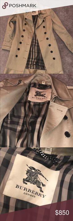 Burberry Trenchcoat Beautiful Authentic Burberry Trench-coat. Burberry Jackets & Coats Trench Coats