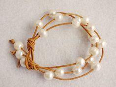 W-1404 Free shipping!!! Bulk 20pcs/lot 9-10MM Pearl Brown Leather Cord Bracelet $52.39